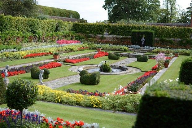 Hampton Court 21