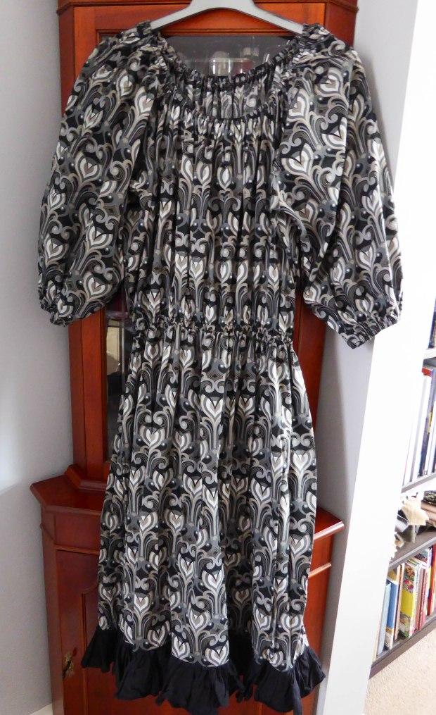 meghan dress 3