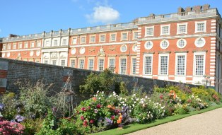 Hampton Court September 2015 14