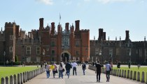Hampton Court September 2015 3