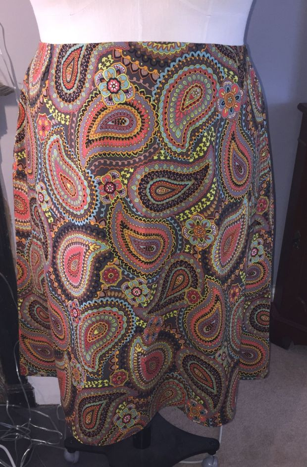 paisley skirt dummy