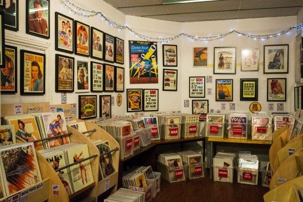 Vintage Magazine shop 6